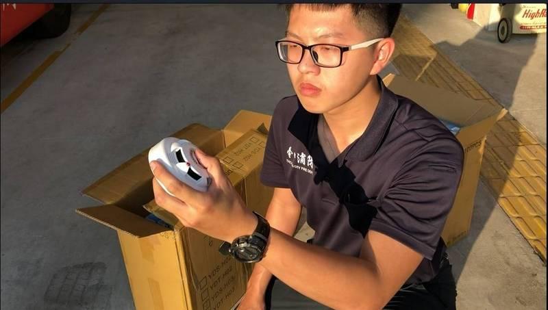 台中大肚分隊拍攝住宅警報器微電影,拿下全國住警器類人氣最旺宣導影片。(記者陳建志翻攝)