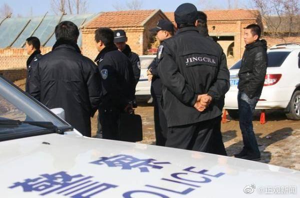 正當中國警方要以作案用的尖刀調查時,劉姓男子便報警自首,表示自己偕同妻子犯下了此案。(翻攝自微博)