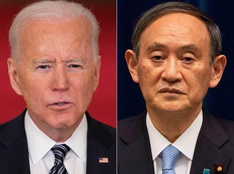 日本首相菅義偉(右)預計4月中旬前訪美,包括首相菅義偉在內的所有人都將先施打兩劑疫苗。(法新社)