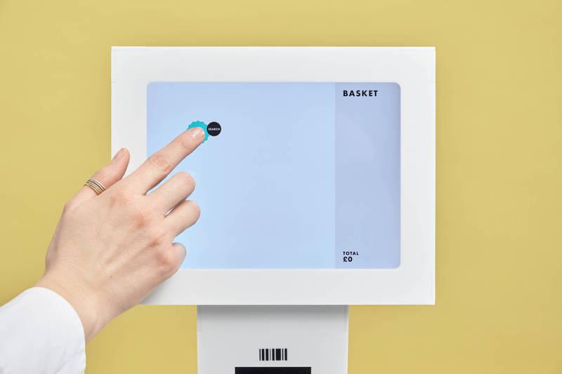 Special Projects提出,讓結帳鍵不要重複出現在螢幕同一個地方的設計。(Special Projects 授權)