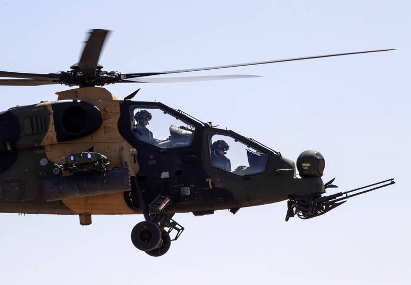 土耳其軍備現代化作業不斷,近日又傳出土耳其找上烏克蘭提供ATAK 2攻擊直升機動力,圖為T129 ATAK直升機。(法新社資料照)