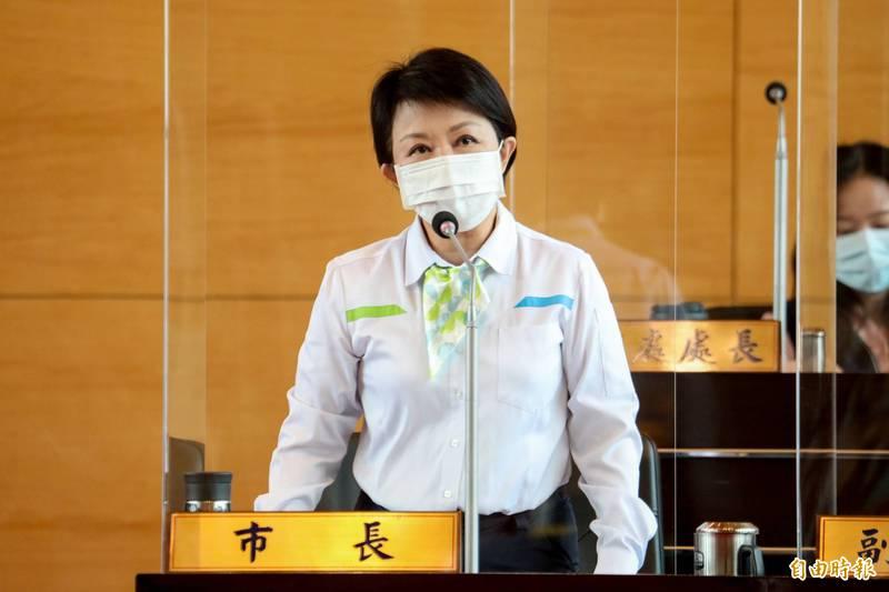 台中市長盧秀燕說,中捷綠線通車後,一切責任她負責。(記者蘇金鳳攝)