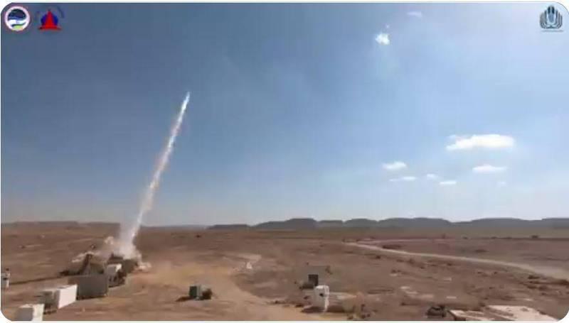 以色列飛彈防禦組織與拉斐爾防禦系統公司16日宣佈,改良版鐵穹防空系統所有進階測試都已完成,圖為鐵穹測試畫面。(擷取自以色列國防部推特)