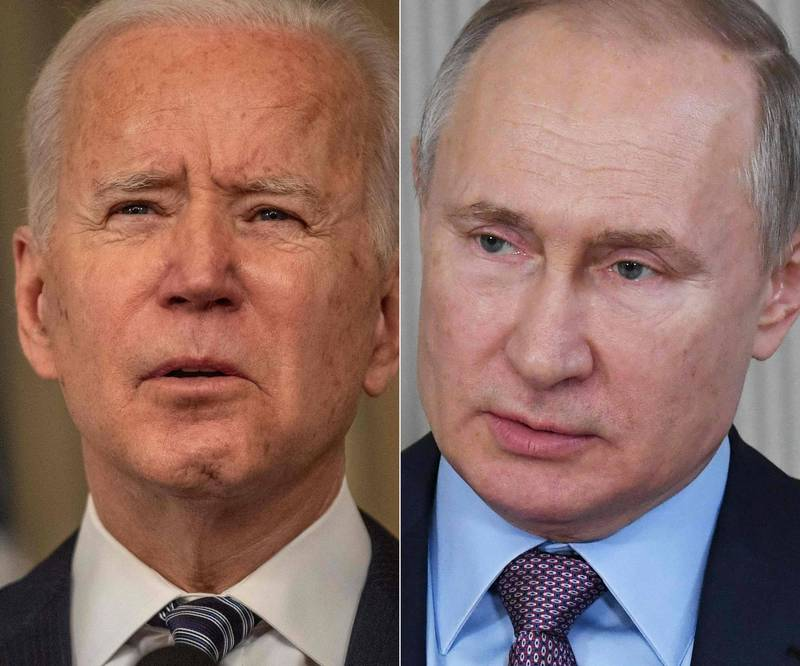美國總統拜登(圖左)稱俄羅斯將為干預美國選舉付出代價,並稱俄國總統普廷(圖右)是殺人兇手。(法新社)