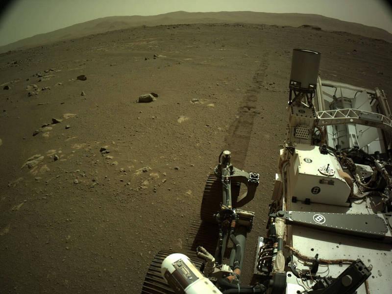 「毅力號」傳回自己在火星上移動的音檔,是史上第一次錄下機器在另一個星球上移動的聲音。(美聯社)