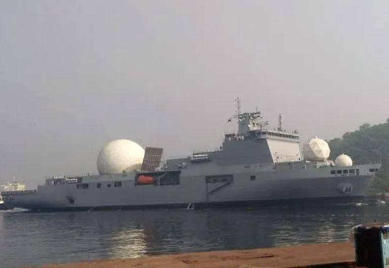 印度自去年便秘密部署15000噸級的大型情報船,配有主動相位陣列雷達(AESA),將能追蹤飛彈射程等準確數據。(翻攝自推特)