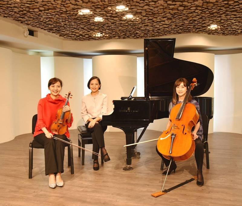 奇美博物館推出母視節音樂會,世界公認最古老的大提琴也將演奏。(奇美博物館提供)