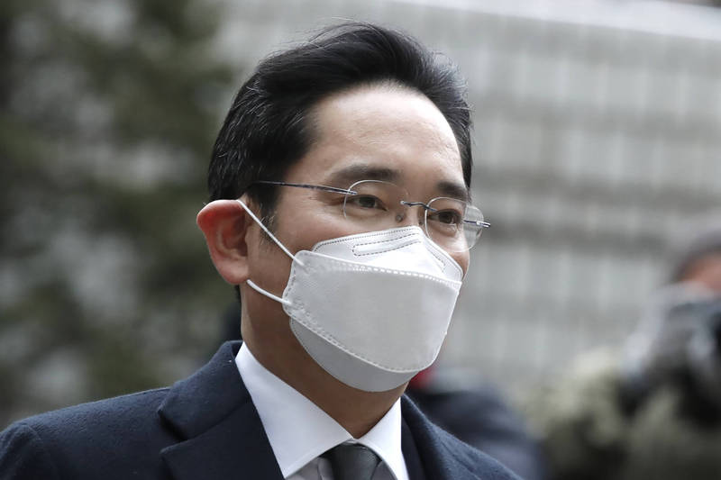 南韓媒體報導,因罪入獄的三星集團領導人李在鎔昨因闌尾炎送醫,緊急接受手術。(美聯社)