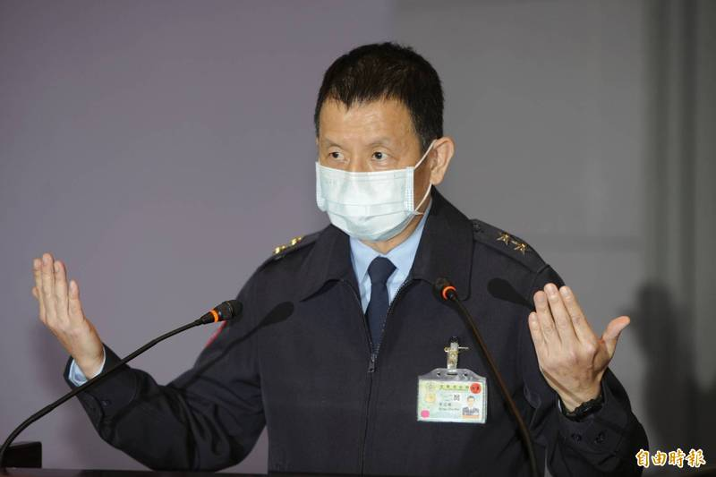 空軍參謀長黃志偉說明失事F-5E戰機搜救狀況。(記者林正堃攝)