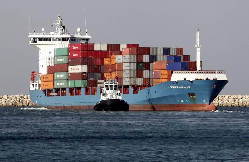 一艘以色列貨輪今天在航經阿拉伯海時,遭到伊朗飛彈攻擊。(示意圖,非當事船隻,彭博)