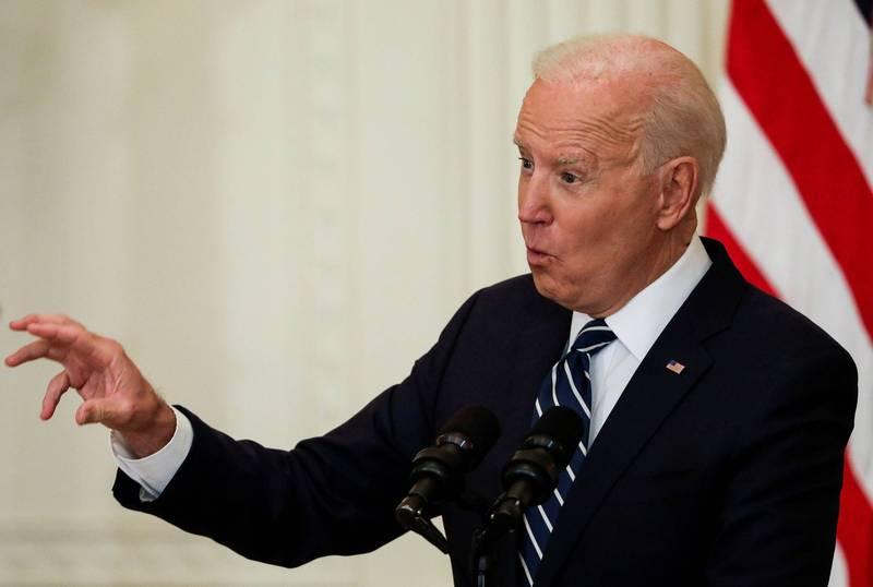 美國總統拜登表示,美國不尋求與中國對抗,但要求中國必須遵守國際規範,美國會繼續在新疆、香港等議題發聲,也會針對南海、台灣等議題向中國問責。(路透)