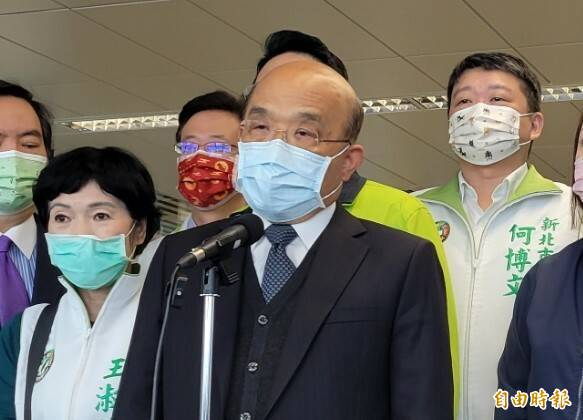 行政院長蘇貞昌說,若三年前沒有通過前瞻計畫,面臨這樣的旱情,早已限水。(記者何玉華攝)