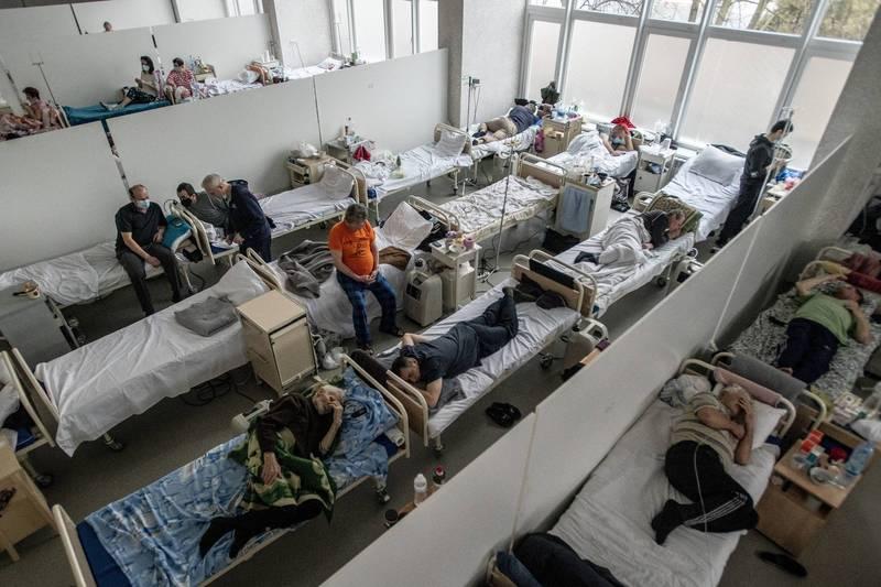 烏克蘭武漢肺炎疫情持續惡化,目前已有5052人入院治療,創下歷史新高。(美聯社)