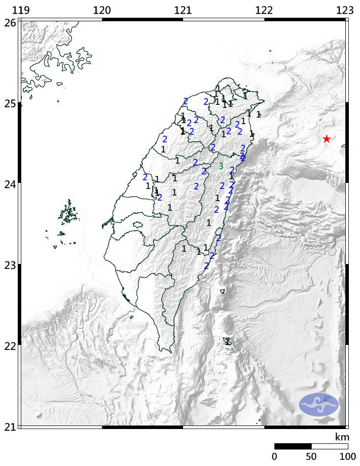 宜蘭縣政府以東103.9公里的台灣東部海域發生芮氏規模5.2地震,花蓮縣地區最大震度達到3級。(圖擷自中央氣象局網站)