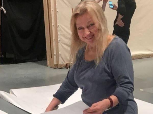 艾美獎得主依芙琳·薩卡許,在失蹤7個多月後,被發現陳屍在家中垃圾堆。(圖擷取自推特)