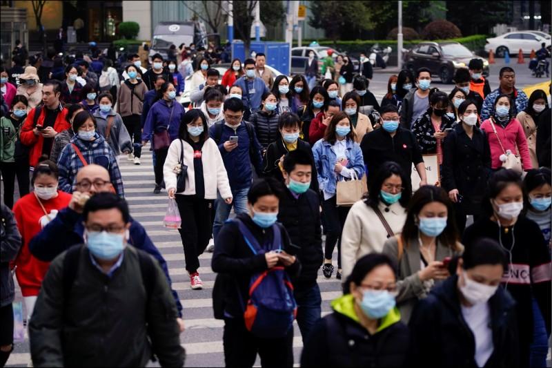 中國上海市一日起納管流動人口,只要在上海市停留逾廿四小時,就必須主動申報。 (路透)