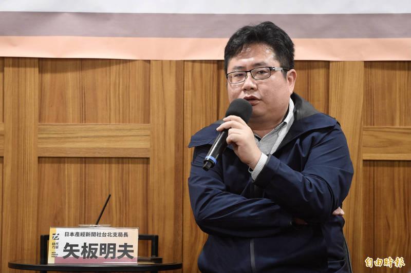這兩日也赴花蓮事故現場採訪的日本產經新聞社台北支局長矢板明夫表示,同樣路線過去也曾發生重大事故,這件事讓他感受到台灣很多基礎建設,並不是非常的扎實。(記者叢昌瑾攝)
