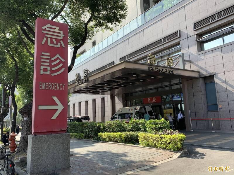 中國附醫宣佈捐500萬,由政府進一步統籌,讓受難乘客及其家屬得到即時援助。(記者蔡淑媛攝)