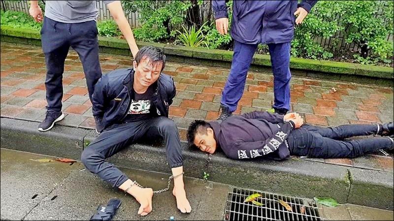 囚犯籍斯瀚(左)與協助劫囚的友人彭俊昌(右)被判刑,圖為兩人落網畫面。(資料照)