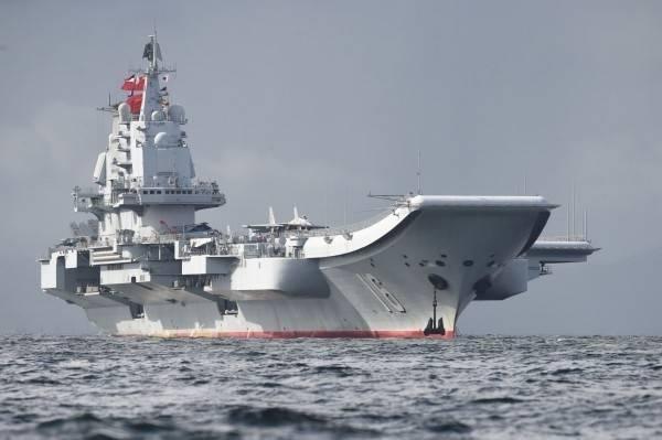 中國解放軍海軍今晚發出新聞稿指出,中國遼寧艦(見圖)日前在台灣周邊海域進行訓練,是年度工作計劃組織的例行性訓練。(法新社)