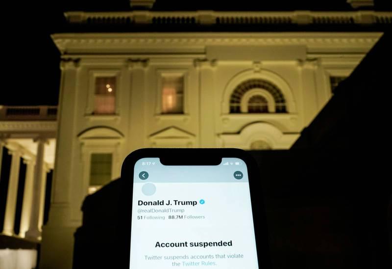 美國前總統川普封鎖追蹤者挨告一案,聯邦最高法院5日撤銷聯邦第二巡迴上訴法院的有罪判決。(路透檔案照)