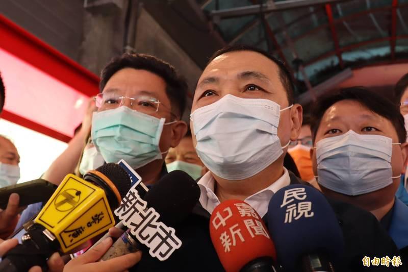 侯友宜表示,初步判斷萬里海漂豬屍非台灣豬。(記者翁聿煌攝)