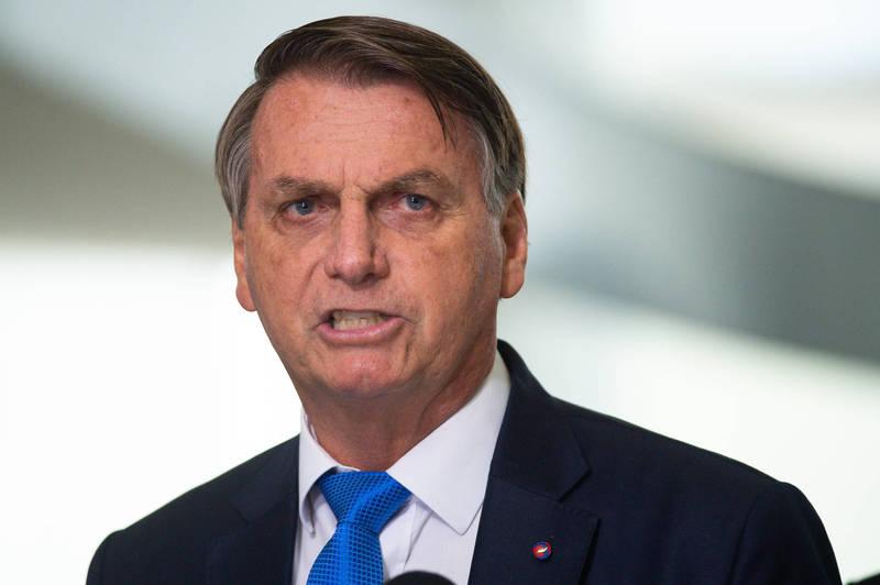 巴西總統波索納羅(Jair Bolsonaro)反對任何封鎖措施,並辯稱若採取這些措施,經濟的損失會比病毒本身的破壞更嚴重。(彭博)