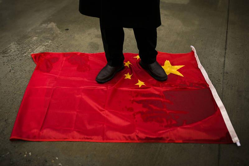 中國大使館兩則推文惹怒土耳其用戶而遭到洗版,土耳其外交部則召喚中國駐土耳其大使劉少賓表達不滿。(美聯社資料照)