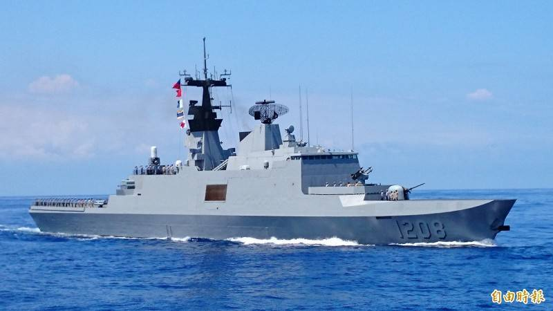 媒體報導,海軍原本委商中山科學研究院負責拉法葉艦國造升級案,現在卻僅負責裝設海劍2飛彈,其他裝備將向法國採購;海軍司令部今天表示相關內容絕非事實。(資料照)