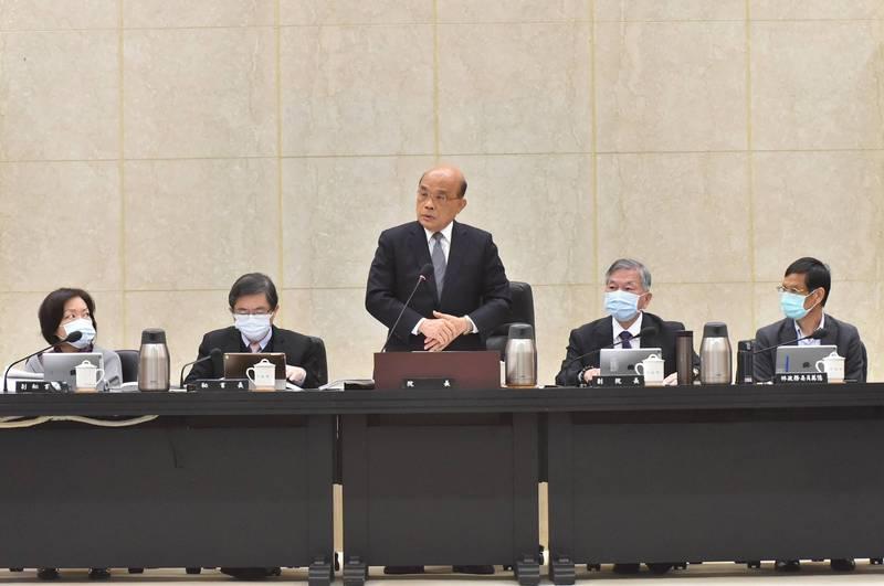 行政院長蘇貞昌主持院會,宣示台鐵安全嚴格盤檢,全面清查工程發包。(圖由行政院提供)
