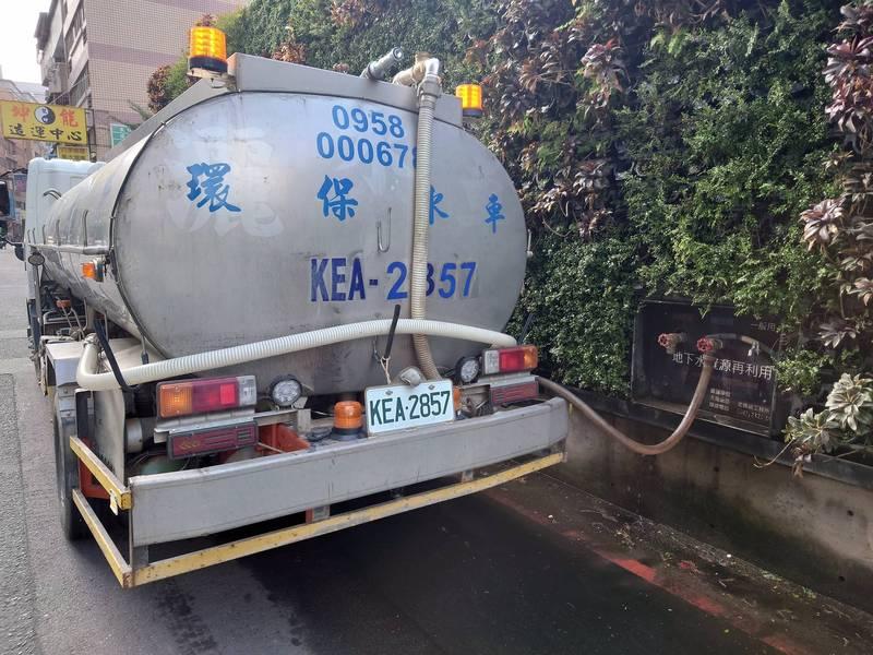 台中市多個工地保存地下水,提供給產業界用水,后羿節能科技是幕後功臣(記者蘇金鳳翻攝)