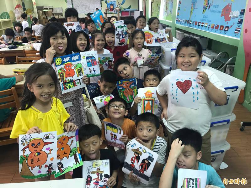 五華國小今年獲閱讀績優學校獎。(記者周湘芸攝)