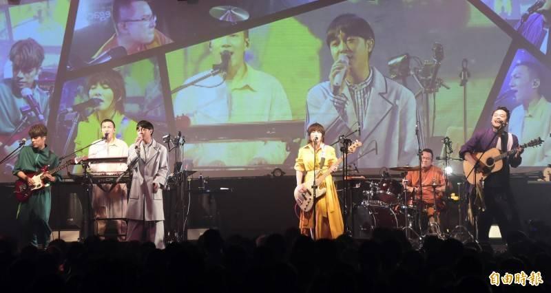 目前已改名「魚丁系」的知名樂團「蘇打綠」,向林暐哲音樂社提告確認經紀關係不存在並移轉商標。(資料照)
