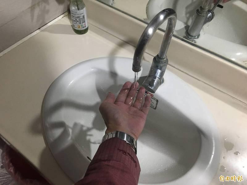 苗栗縣頭份地區,於週二、三連續停水48小時,不過在臉書社團《我是頭份人》中,不少民眾因等不到水來,急得上網詢問,截至今上午仍有民眾表示水還沒來。圖為示意圖。(資料照)