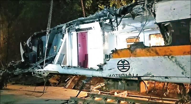 台鐵出軌》提議第8車廂應永存228公園 葉毓蘭被網友罵翻