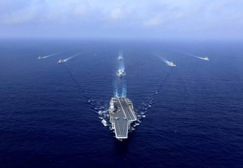 中國海軍航空母艦「遼寧號」等艦艇近日通過沖繩本島與宮古島之間海域,引起日本高度關注。(法新社資料照)