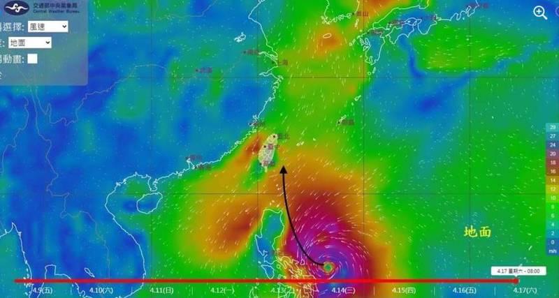 氣象局觀測資料顯示,菲律賓東方海面有低氣壓正在發展,網友今(9日)在「風場預報顯示圖」發現它在本月中可能形成巨大颱風。(圖取自鄭明典臉書)