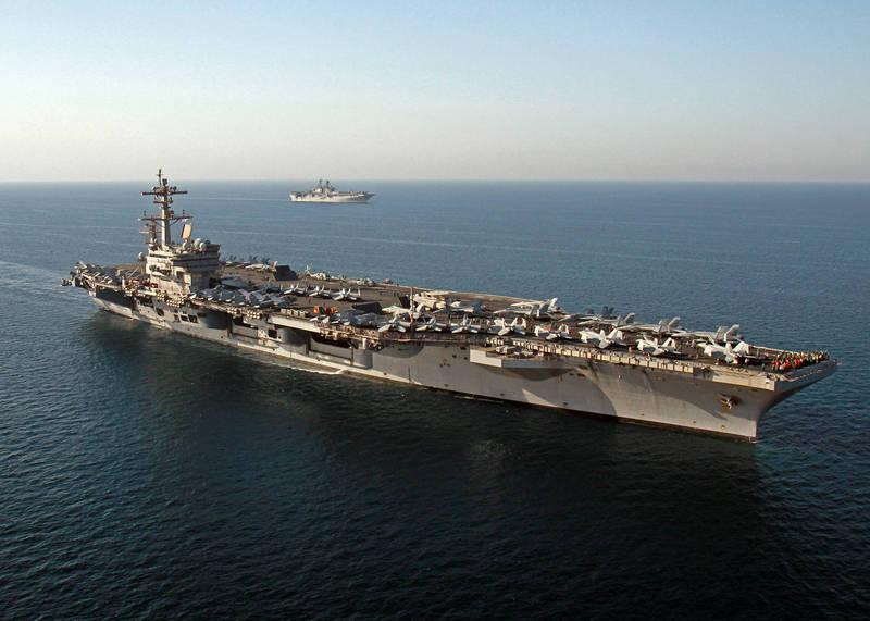 追蹤美軍動態的中國半官方機構發布衛星照片,美軍兩棲突擊艦「馬金島號」(見圖)也已駛入南海。(美聯社檔案照)