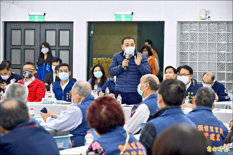 新北市長侯友宜表示,即便是小事也要檢討,否則釀成大禍將不堪設想。(記者周湘芸攝)