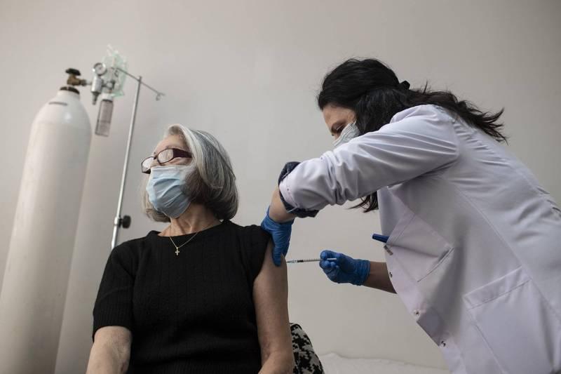 武漢肺炎》全球逾1億3536萬例確診 逾292萬多人病歿