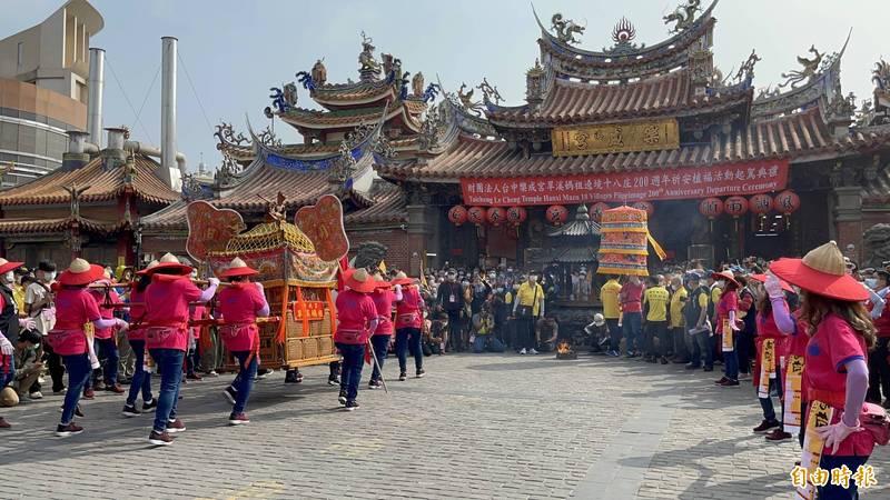 傳承200年的盛會,台中旱溪媽祖今起駕遶境22天。(記者蘇孟娟攝)
