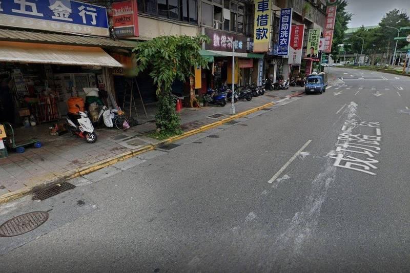 台北市內湖成功路二段發生車禍。(翻攝Google Maps)