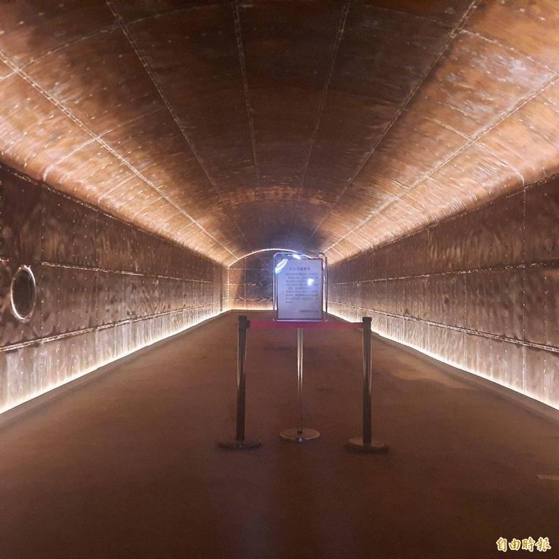 銅牆鐵壁為日治時期特殊軍事建築,搖身一變成為澎湖寄予厚望的新觀光景點。(記者劉禹慶攝)