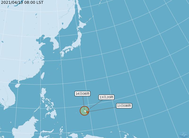 位於關島西南方的原熱帶擾動94W,今日上午正式增強為熱帶性低氣壓。(擷取自中央氣象局)