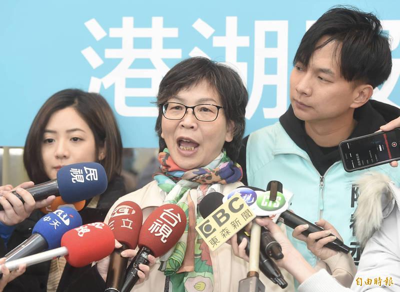 蔡壁如(中)日前在質詢台上,逼問交通部長林佳龍救災時見到現場「破碎肢體」的感受,引起爭議。(資料照)