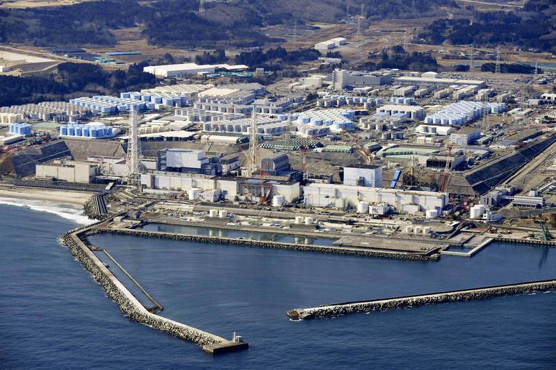 日本政府今上午召開內閣會議,正式決議福島核一廠核廢水將在稀釋後排放入海。(美聯社)