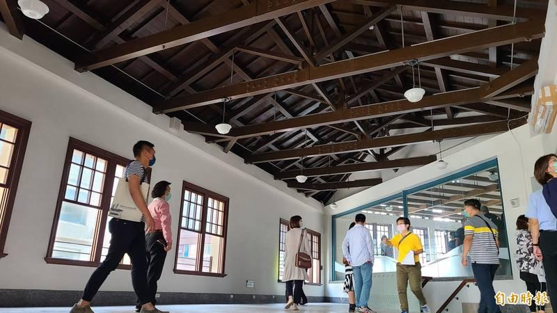 台南西市場暨原台南州青果同業組合香蕉倉庫修復完成。(記者劉婉君攝)