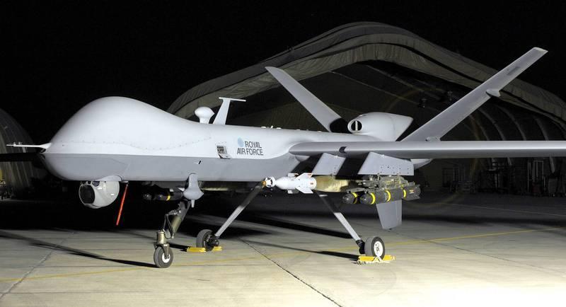 墜毀的MQ-9A「死神」(Reaper)無人機,是因駕駛員將狀況桿手柄和襟翼桿搞錯,誤把前者向後拉,導致飛機順槳,失去動力後墜毀。(歐新社)