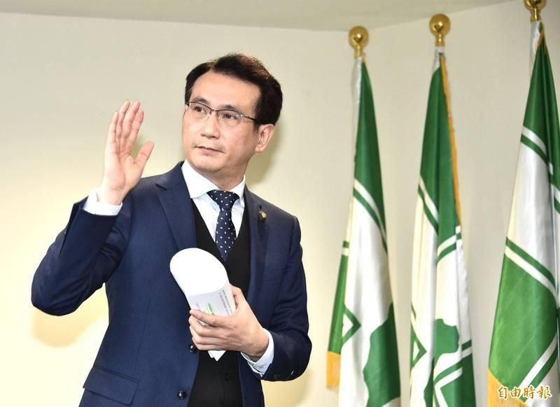 鄭運鵬認為,國民黨一面支持核電,又要反對日本排放廢水,「大家就知道國民黨只是來亂的」。(資料照)