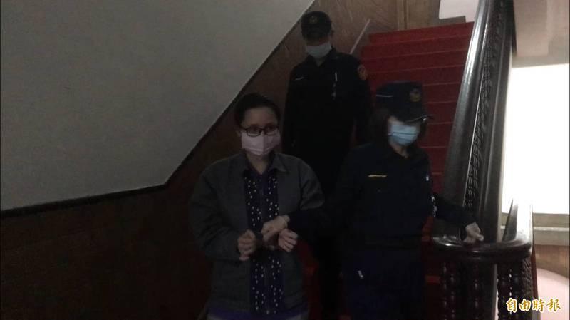 女子陳諭詩被控共同殺害17歲檳榔西施,二審今天開庭,陳女大翻供不認罪。(記者張文川攝)